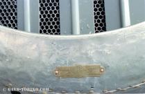 9_targhetta su cofanatura radiatore