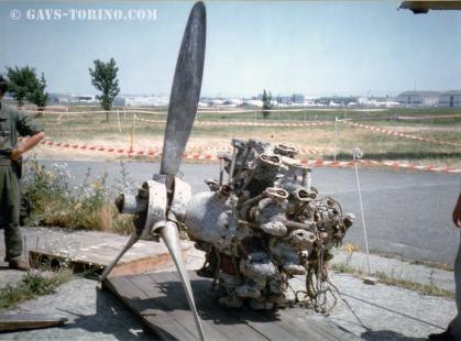 1_motore A.74 ed elica predisposti per il trasporto a Torino