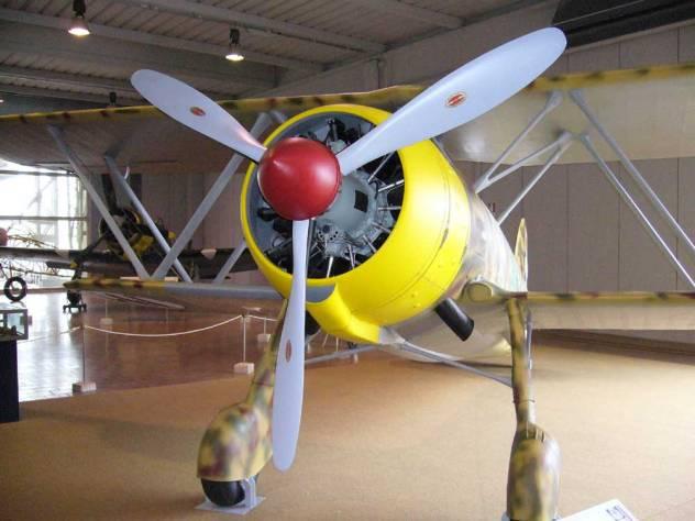 5_elica montata sul CR.42 del MUSAM